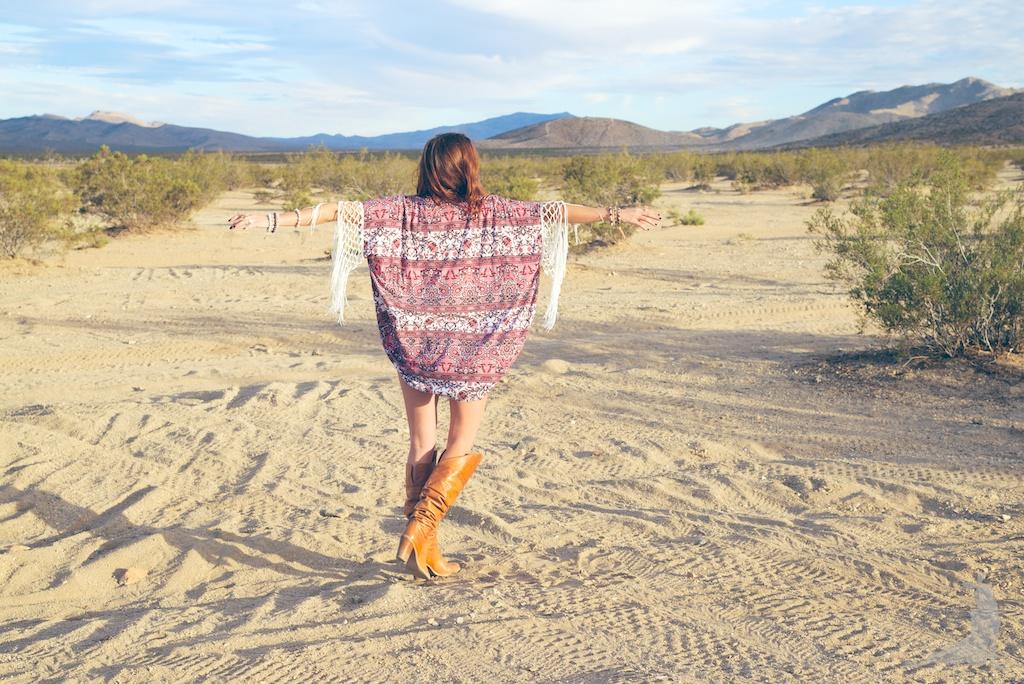kapri-couture-kimono-illuminare-boutique-boho-bunnie-gypsy-desert-novella-royale-fringe-DSC_8915